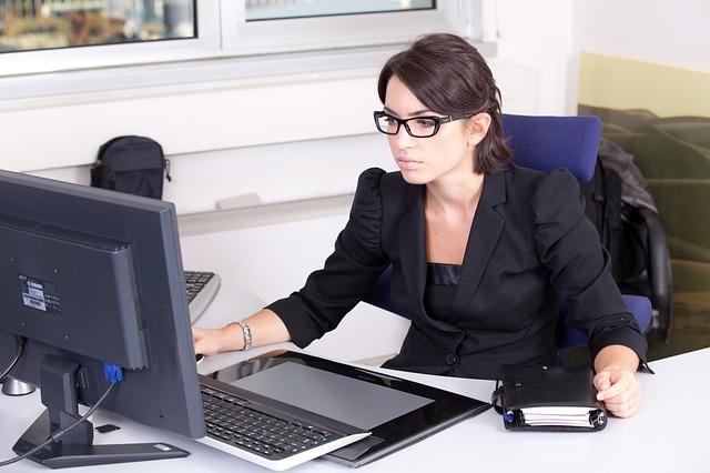 Czy każdy fotel biurowy jest ergonomiczny?