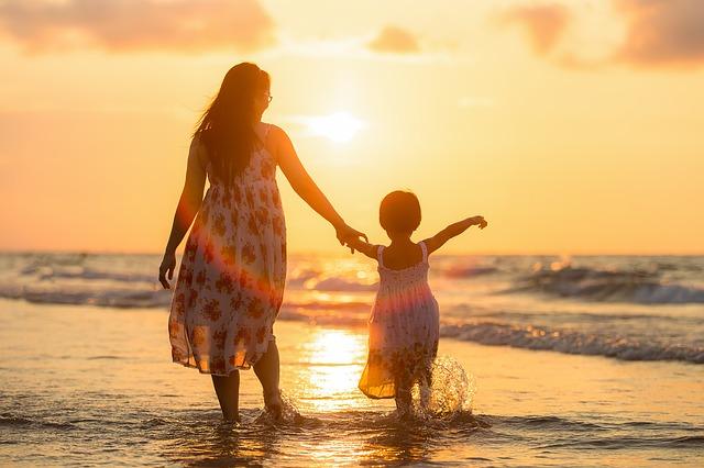 Opiekunka zastępująca rodziców na pełen etat