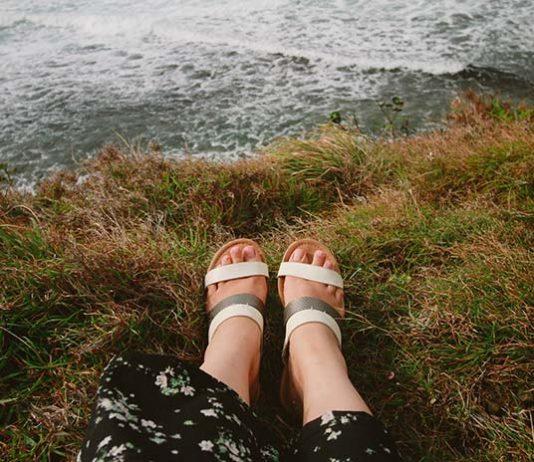 Sposoby na letnią opuchliznę nóg