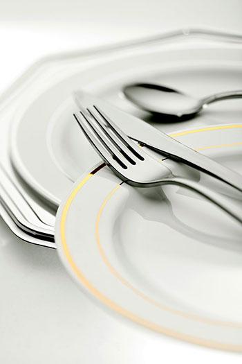 Komplety sztućców – dla restauracji i domów