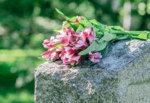 Jak można bez problemu zdobyć akt zgonu